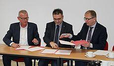 Roland Dupak, Volker Cammans und Harm-Uwe Weber