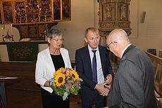 Dr. Gerhard Stauch mit seiner Frau und Harm-Uwe Weber
