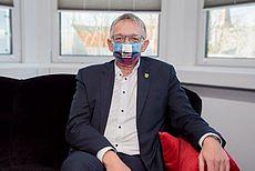 Portrait von Landrat Meinen mit Mund-Nasen-Bedeckung