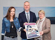 Sandra Hoofdmann, Dr. Frank Puchert und Talea Eiben