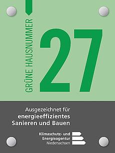 Grüne Hausnummer Beispielbild